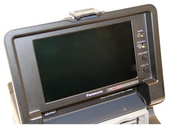 AJ-HPM200:4