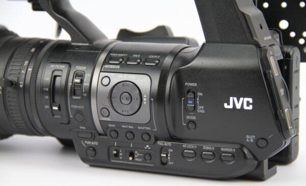 GY-HM650E-3 – 1