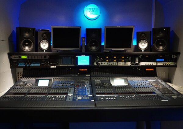 AudioProductionTruck-10 – 1