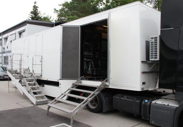 Smaragd Media- OB Truck-015 – 1